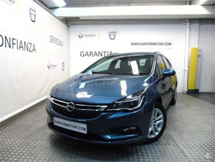 Opel Astra 1.6 CDTI Sports Tourer Business 81 kW (110 CV) foto 2