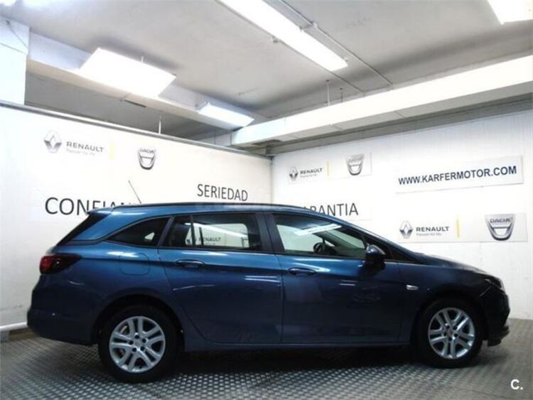Opel Astra 1.6 CDTI Sports Tourer Business 81 kW (110 CV) foto 6
