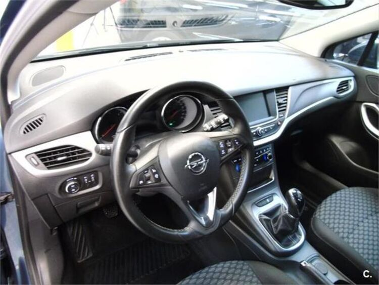 Opel Astra 1.6 CDTI Sports Tourer Business 81 kW (110 CV) foto 8