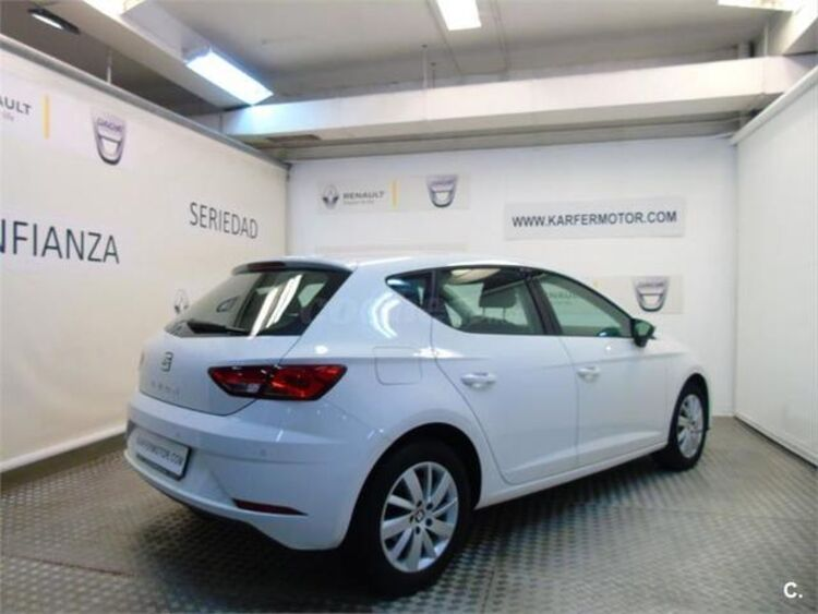 SEAT Leon 1.6 TDI SANDS Reference Plus 85 kW (115 CV) foto 3