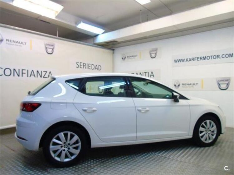 SEAT Leon 1.6 TDI SANDS Reference Plus 85 kW (115 CV) foto 5