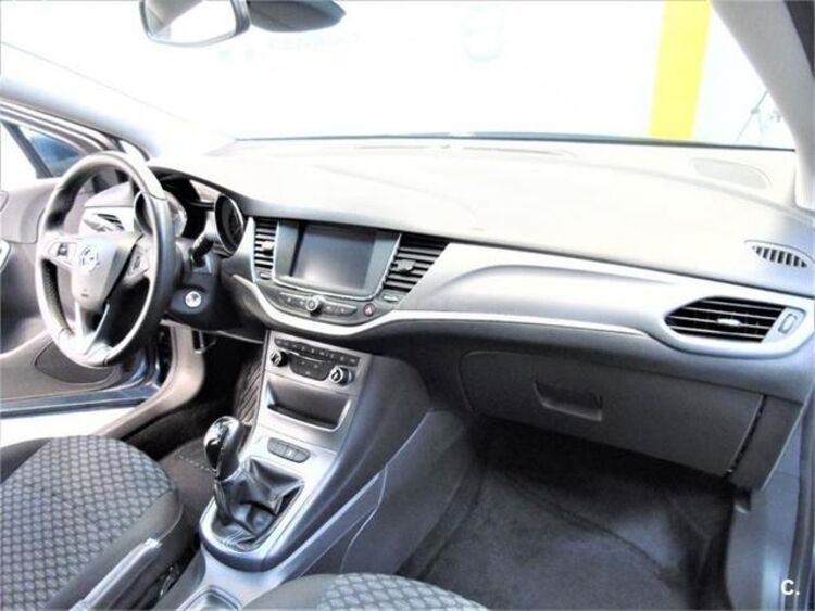 Opel Astra 1.6 CDTI Sports Tourer Business 81 kW (110 CV) foto 19