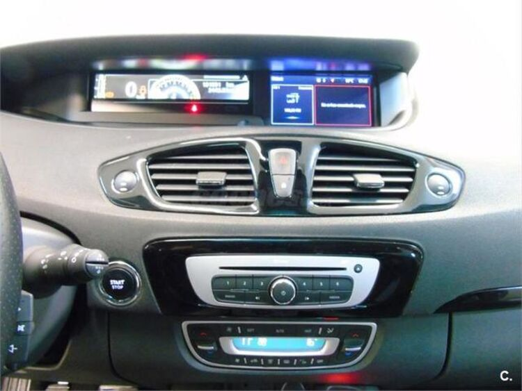 Renault Grand Scenic 1.6 dCi Bose Energy 7 Plazas 96 kW (130 CV) foto 12