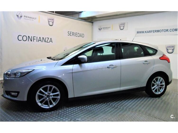 Ford Focus 1.6 TIVCT 92kW 125CV Trend 5p foto 4