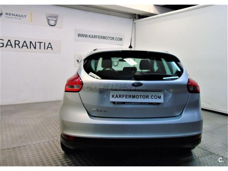 Ford Focus 1.6 TIVCT 92kW 125CV Trend 5p foto 6