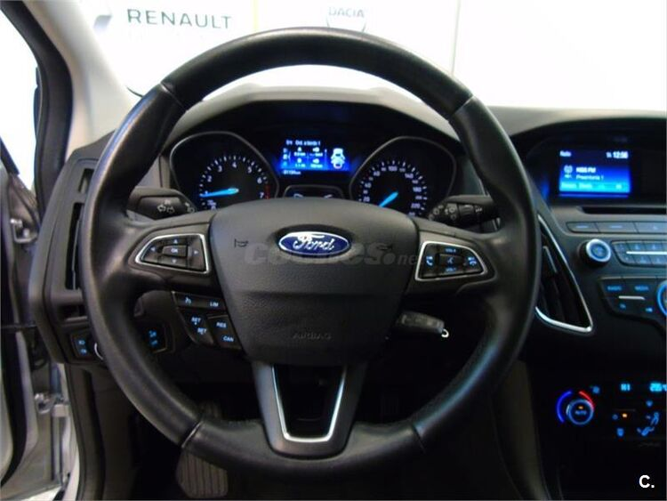 Ford Focus 1.6 TIVCT 92kW 125CV Trend 5p foto 9